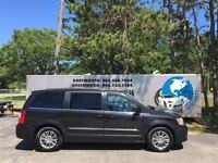 2014 Chrysler Town & Country Touring-L LEATHER! FINANCE NOW