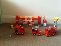 Lego duplo 10592 and 10593 complete with instructions in excellent conditions