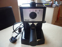 Delonghi Coffee Machine EC152.CD Like New