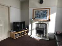 2 bedroom house near the Town Centre and The University