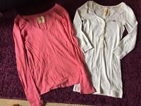 2 Hollister tshirts