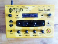 Dave Smith Mopho Synth + Case + Power Supply