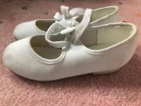 Tap Shoes, white dance shoes UK 10