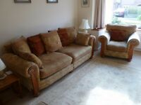 3 PIECE SUITE, 4 SEATER SOFA WITH LOOSE CUSHIONS + 2 ARMCHAIRS