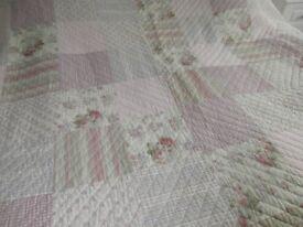 Pink patchwork kingsize traditional bedspread