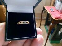 9 CT GOLD FULLY HALLMARKED EMERALD & DIAMOND ETERNITY RING