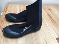 ALDER Wetsuit boots size 4/5