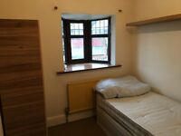 Single room in Greenford 430£pm Available now!!!!
