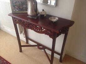 Hallway table ~ superb