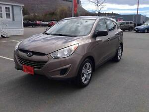 2010 Hyundai Tucson GL...ALL WHEEL DRIVE..AUTO.. $129 BI-WEEKLY!