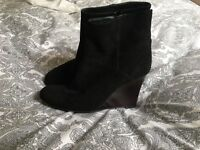 Womens L. K. Bennett suede angle boots