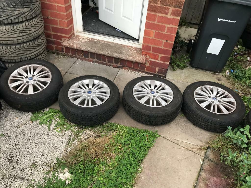 185 65 r15 Fiat Punto alloys - 4 stud wheels - good tyres - good condition - bargain £95