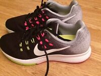 Nike structure 19 women's trainers size 6.5