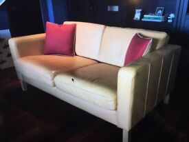 lovely leather 2 seater sofa like new