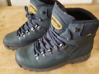 NEARLY NEW MEINDL WOMENS WALKING BOOTS