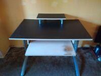 Computer Desk for sale - £10