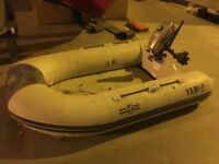 Yamaha dinghy and Mariner 2.5HP, 2 stroke outboard