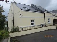 Modbury - Two bedroom apartment only 2 minutes walk from shops.