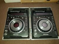 Pair Pioneer DVJ-X1 DVD CD DJ players