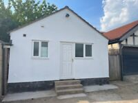 2 bedroom bungalow available to rent in Bishopston/Westbury Park