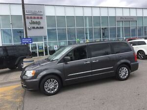 2016 Chrysler Town & Country Touring-L DUAL DVD SUNROOF REMOTE S