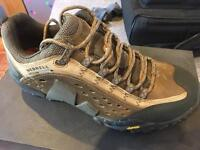 Merrell Intercept Men's Walking Shoe Size 8.5UK
