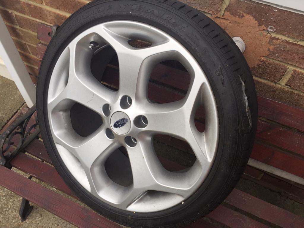 Ford Focus St Alloy Wheel In Sunderland Tyne And Wear Gumtree