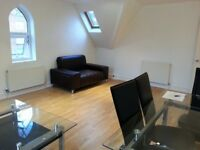 >>> 2 Bed 2 Bath >>Beautiful Flat. £110 DISCOUNT NOW Agent valued @ £1400. PRIVATELY £1290 & NO FEE