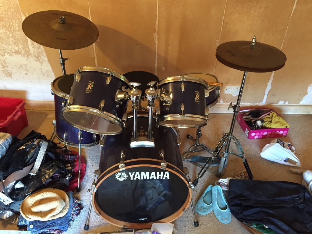 Price Drop Yamaha Rydeen Drum Kit Dark Blue Great