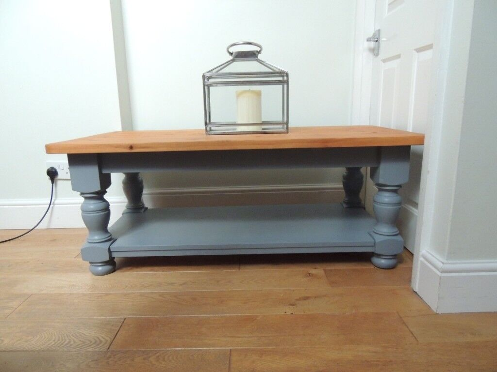 Shabby Chic Coffee Table With Magazine Shelf In Didcot
