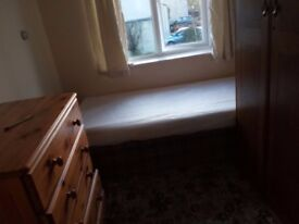 Single Room on Weston