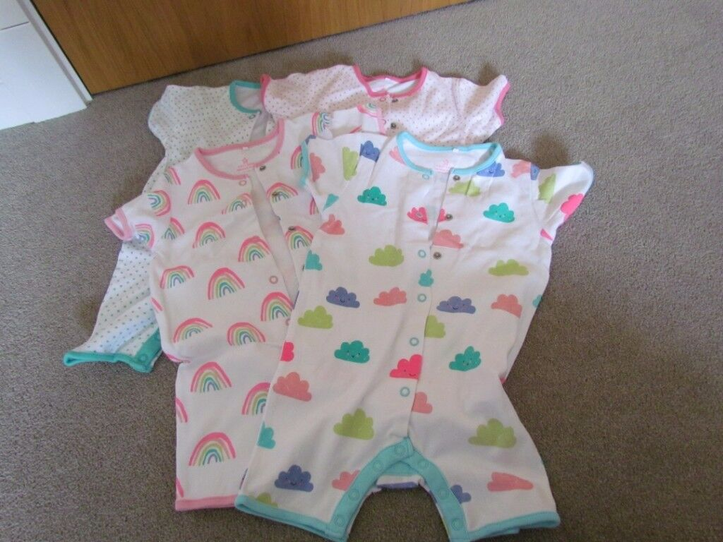 Dressing gown (age 18-24 months) & 4 Next short sleeved sleepsuits ...
