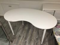 White IKEA GALANT 'kidney' shaped desk / table with with adjustable height legs. Good condition.