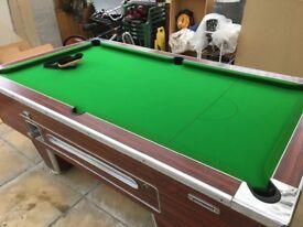 Pub pool table excellent condition