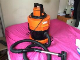 Vax 121 Vacuum cleaner fully workings