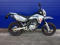 2016 SFM ZZ 125 SUPERMOTO 125CC , LOW MILES , HPI CLEAR , VERY GOOD CONDITION