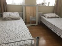 Double Room Share One Minute Walk From Kingsbury Tube Station