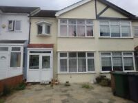 Lagre 3 Bedroom house with garage in Chingford Mount *****All Bills Included*****
