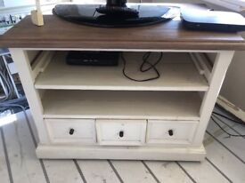 Barker and Stonehouse TV unit