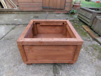 NEW - WOODEN GARDEN PLANTER - NEW