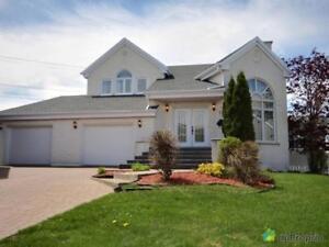 390 000$ - Maison 2 étages à vendre à Rivière-Du-Loup