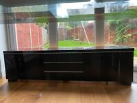 TV Stand in High Gloss Black 180x41x49 cm