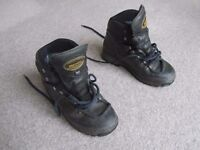 Womens Meindel walking boots sixe 6 (38) leather and Gortex, OK condition