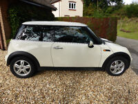 Lovely Mini One, 3 Door Hatch, 2005, 1598cc, White, Petrol, Must See.