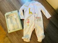 Baby clothes and baby grooming kit