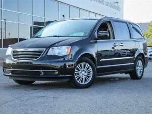 2015 Chrysler Town & Country Touring-L|Heated Leather Seats|BluR