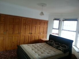 Large Double Room in Town Center