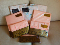 John Lewis bedding brand new 8 pieces (still in packaging)