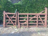 5 bar oak gates