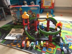 Chuggington deluxe old town track and trains
